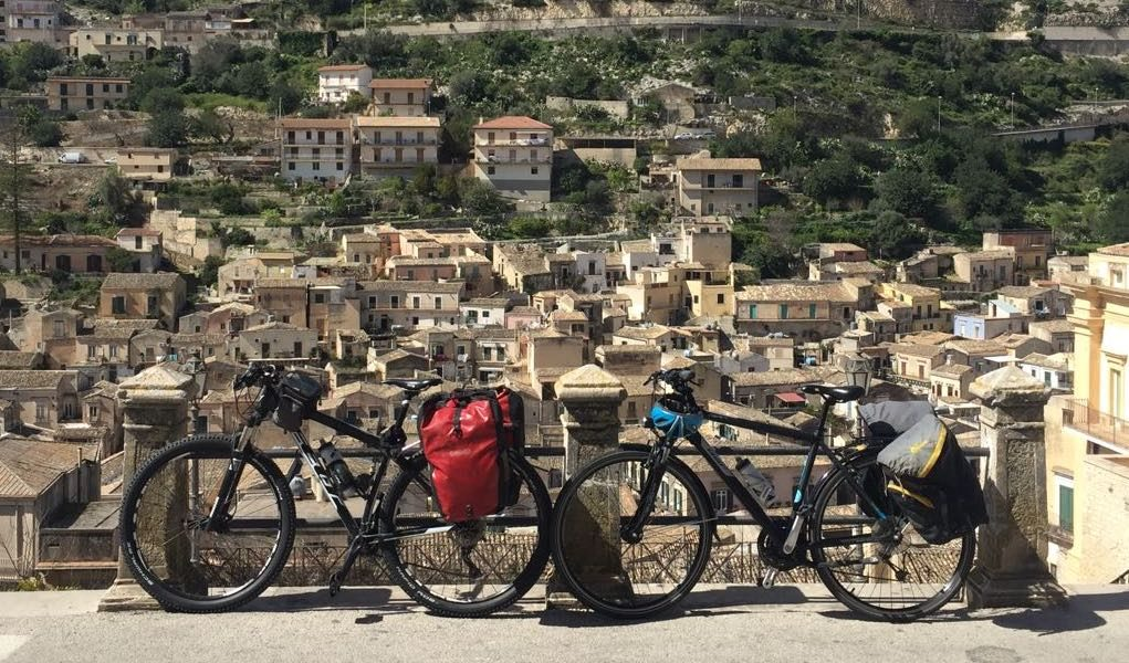 BIKE TOUR PALERMO Choosing our bike tour Palermo you cycle with one of our comfortable bike Bianchi Spillo around typical streets of the city, between baroque churches, palaces and picturesque markets that will inebriate of colors and unforgettable fragrances, or with a resistant MTB discover the landscapes suburban and you will be[...]